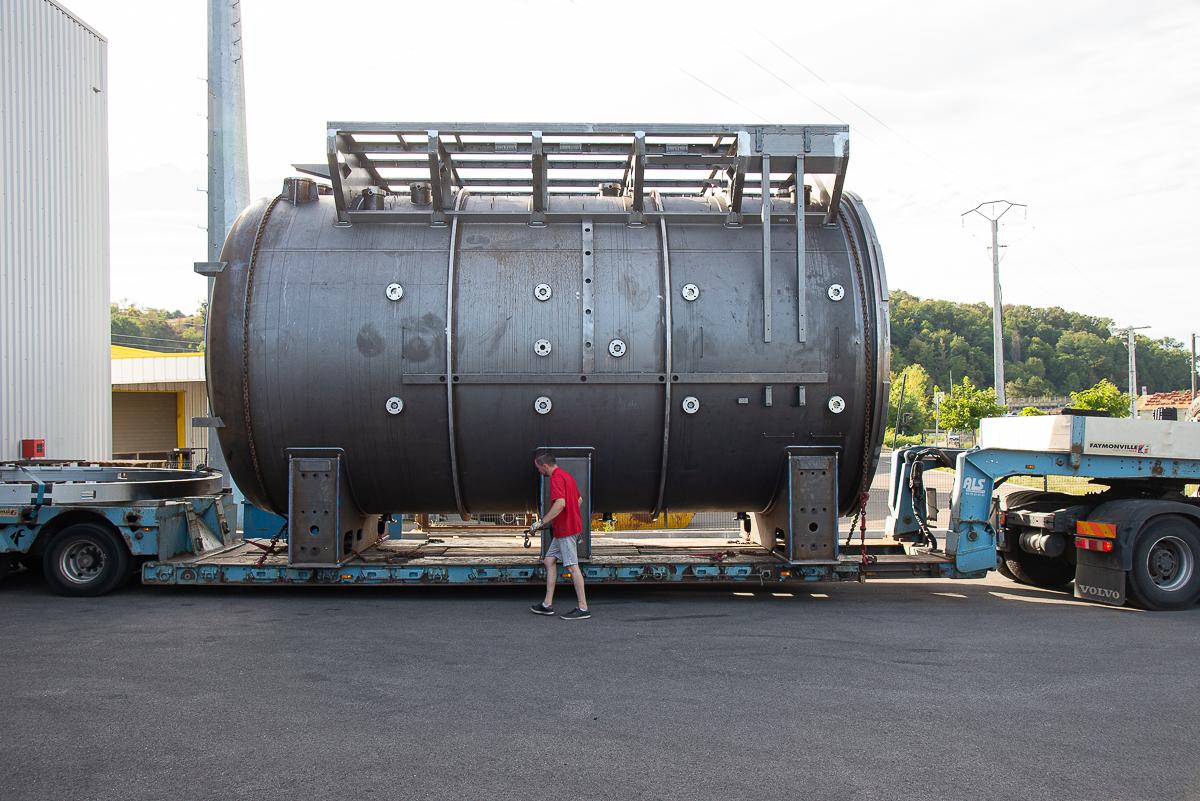 Four en acier en cours de livraison vers un client étranger - Fabrication de la chaudronnerie Marmonier