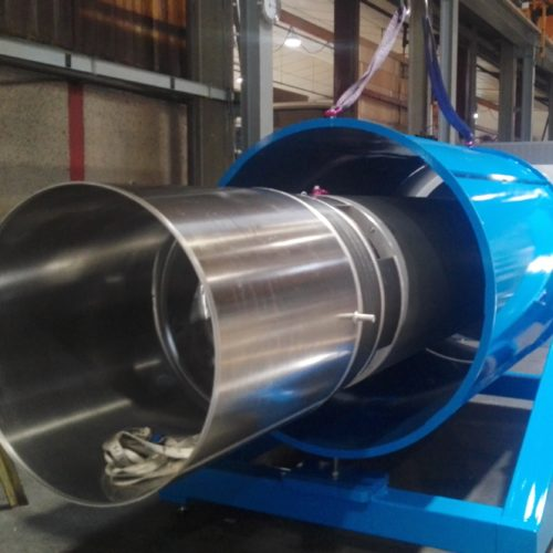 montage aluminium d'une pièce cylindrique par la chaudronnerie Marmonier en Isère